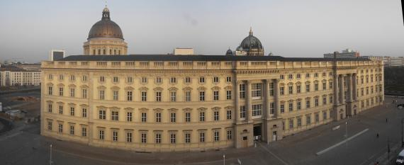 Live Webcam Berliner Schloß Südfassade